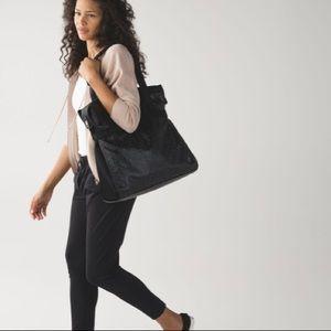Lululemon Follow Your Bliss Bag Tote Laptop Yoga